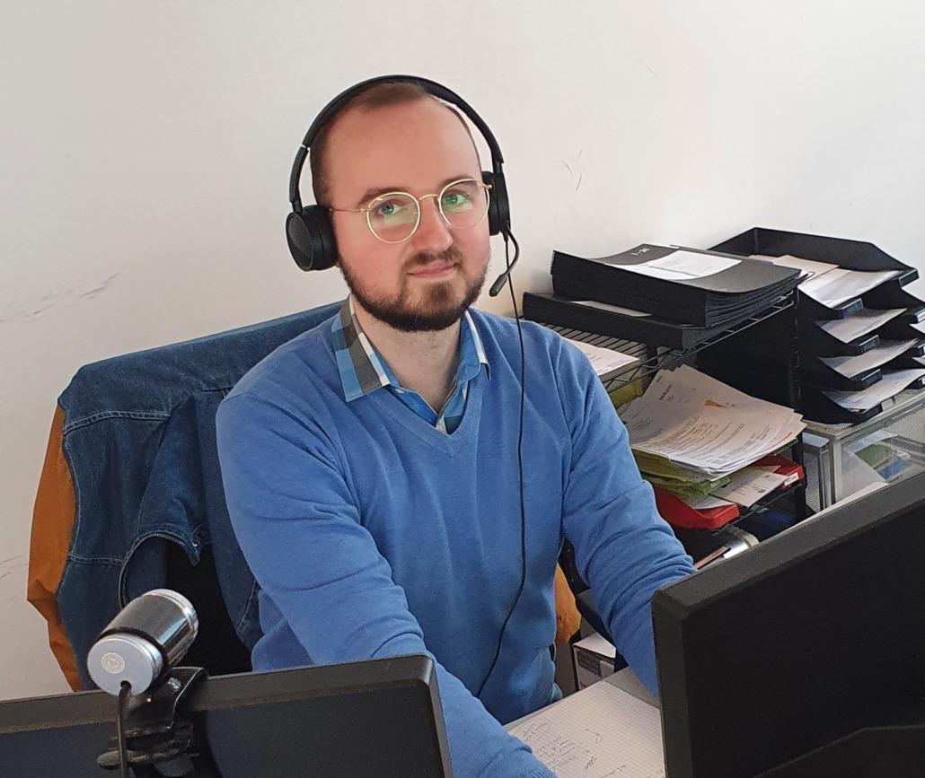 Mietverwaltungsprofi Sascha Rollny freut sich auf Ihre WEG und Mietverwaltungsanfragen